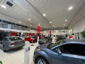 Tervetuloa autokaupoille tänään klo 10-14. 🤝