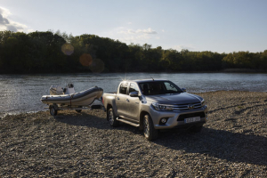 Hyvää kesäistä viikonloppua kaikille Toyota autoilijoille, nyt nautitaan elokuun pimenevistä illoista ja aurinkoisista päivistä!