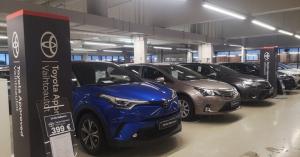 Tervetuloa palvelevaan autokauppaan, lauantaina klo 10-14 autonvaihtoasioissa Sinua palvelevat Markus Huttunen ja Teemu Jaakkone...
