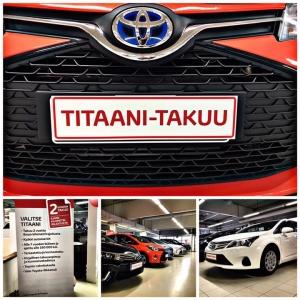 Tiesitkö että Titaani-takuu vaihtoautoiksi valikoituu vain parhaat yksilöt? Näihin autoihin takuu kaksi vuotta ilman kilometrirajoitusta. Tsekkaa Titaani-takuun sisältö: https://www.toyota.fi/vaihtoautot/index.json